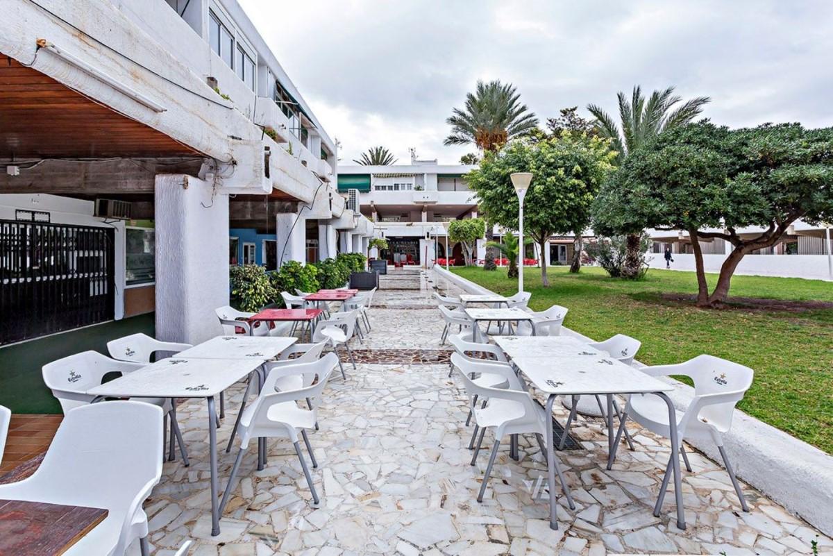 Local Comercial en Venta en Aguadulce, Roquetas de Mar