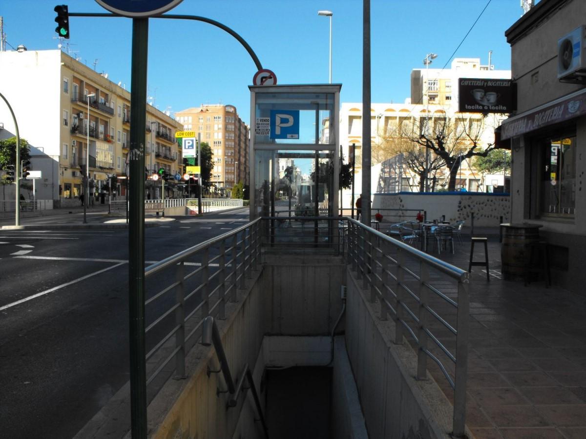 Garaje en Alquiler en Este, Castellón De La Plana / Castello De La Plana