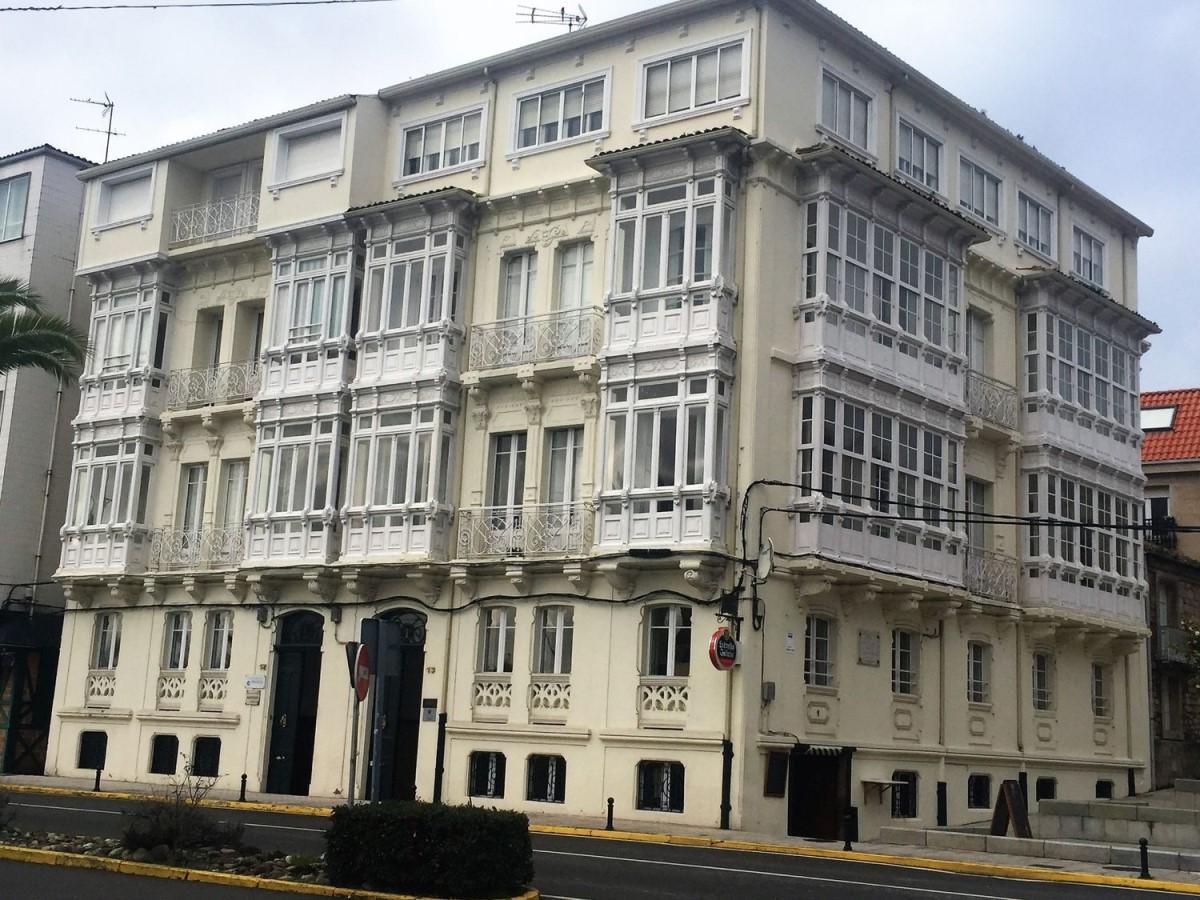 Edificio de Viviendas en Venta en  Puebla del caramiñal