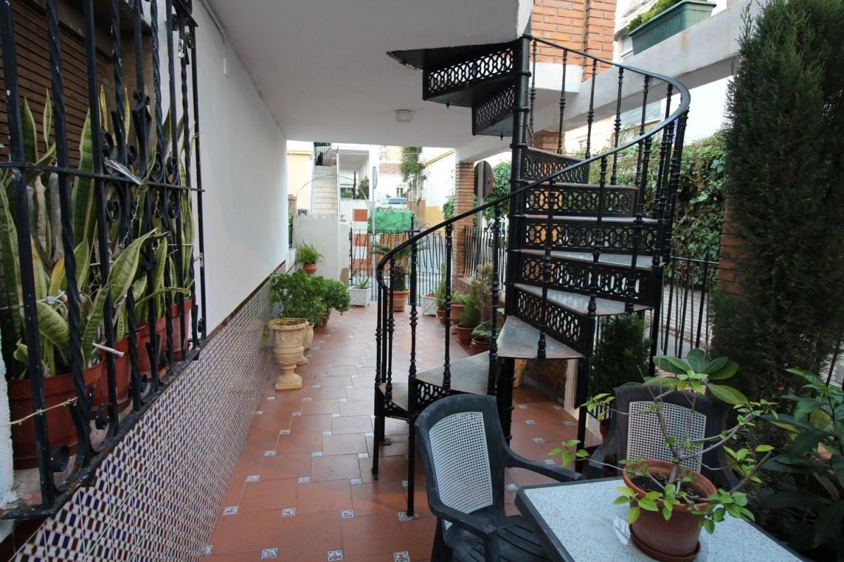 Chalet Adosado en Venta en Bailén - Miraflores, Málaga