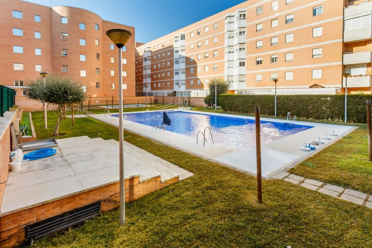 Piso en Venta en parque alcosa, Sevilla