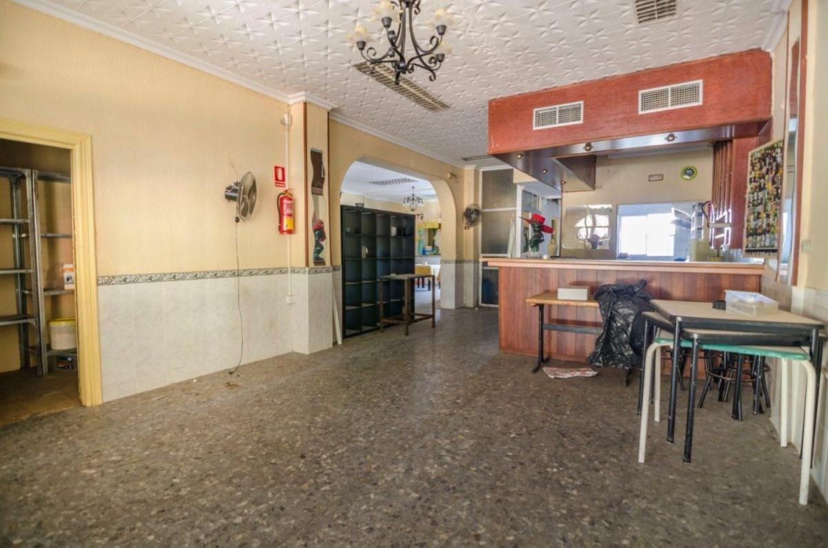 Local Comercial en Alquiler en  Benalmádena