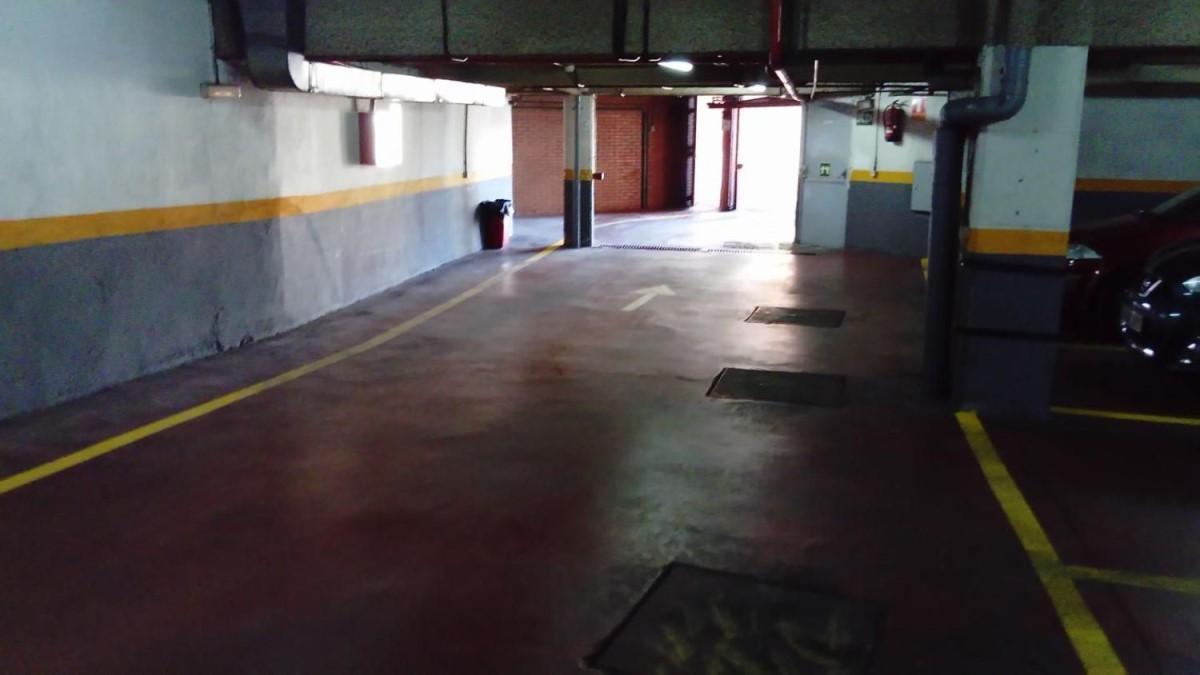 Garaje en Venta en  Colmenar Viejo
