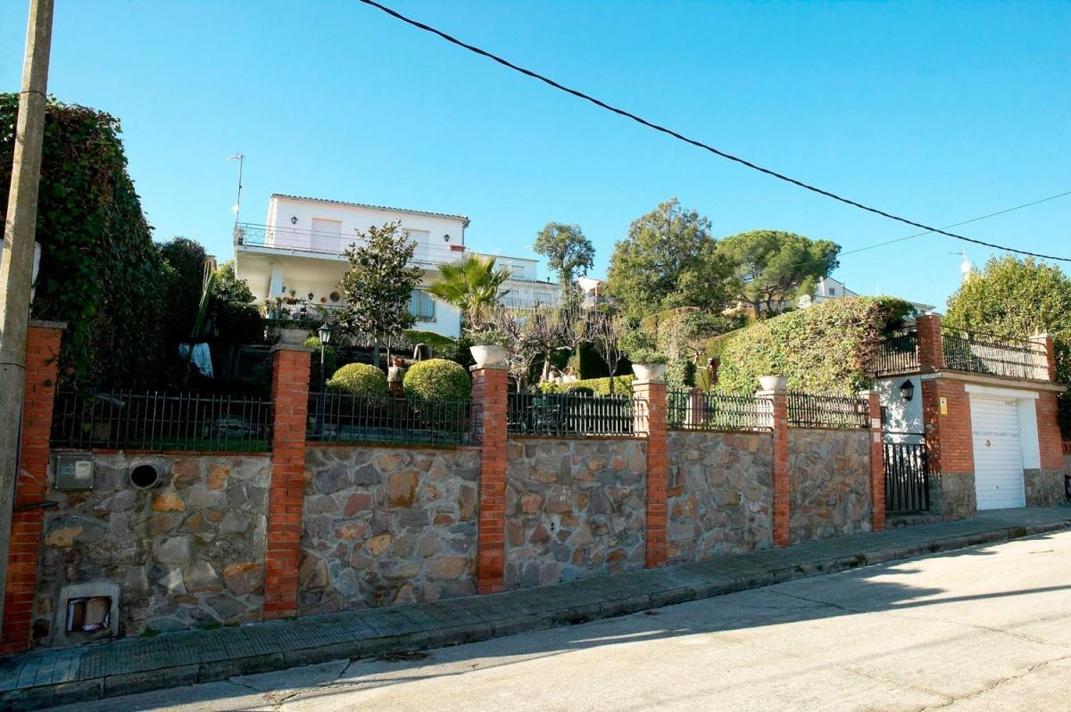 Chalet en Venta en  Santa Eulàlia de Ronçana