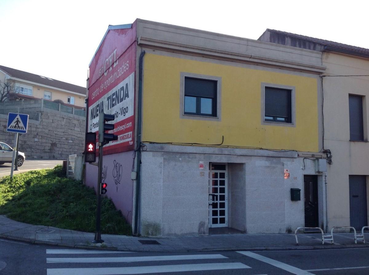 Chalet Adosado en Venta en  Vigo