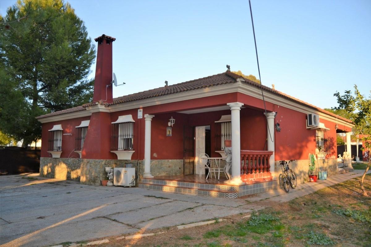 Casa Rural en Venta en  Dos Hermanas