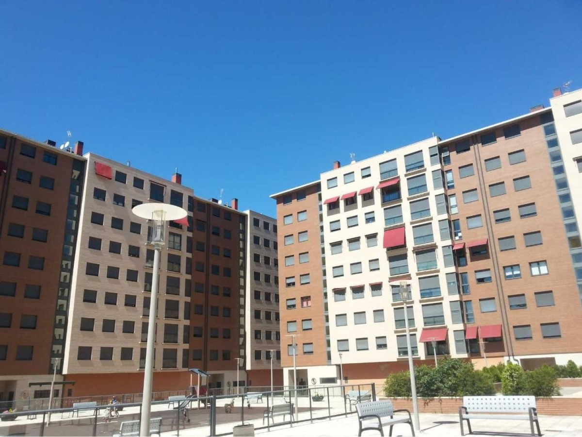 Apartment  For Sale in  Ponferrada