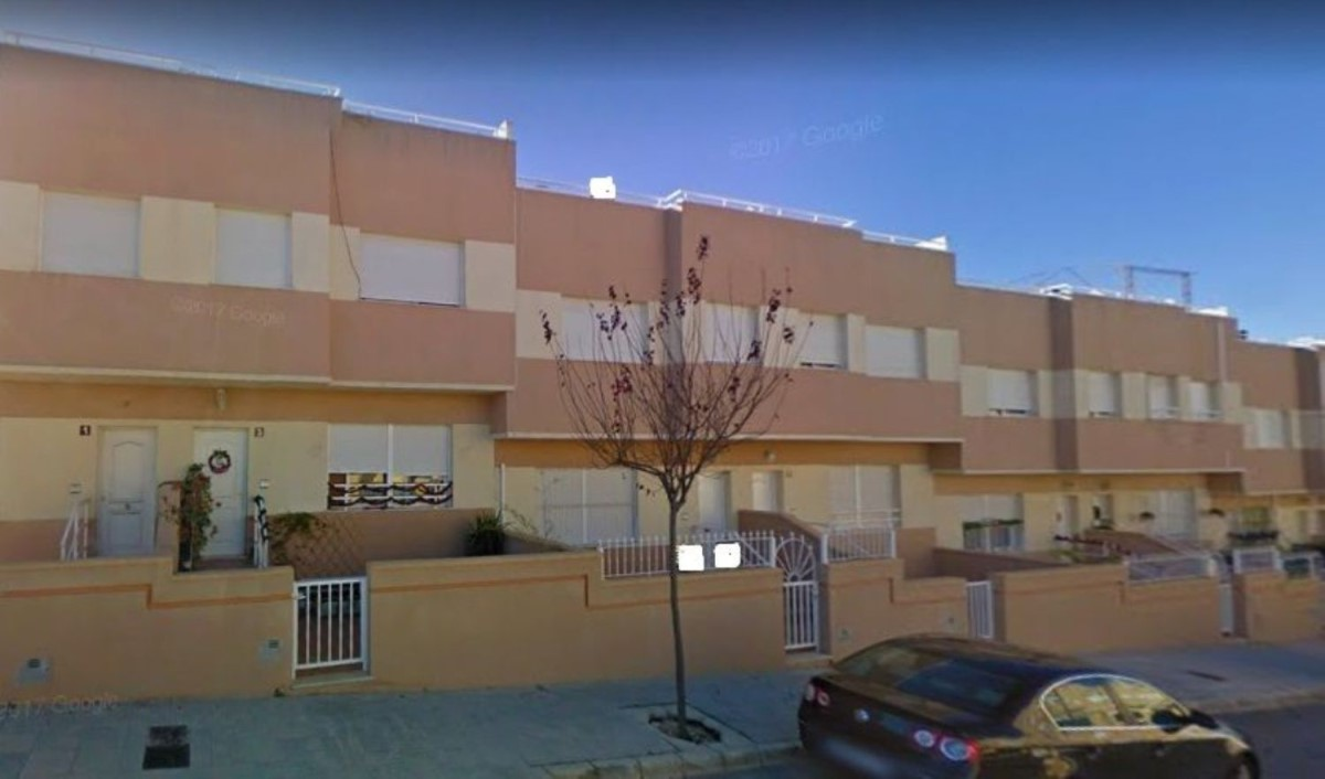 Chalet Adosado en Alquiler en Casco Urbano, Aspe