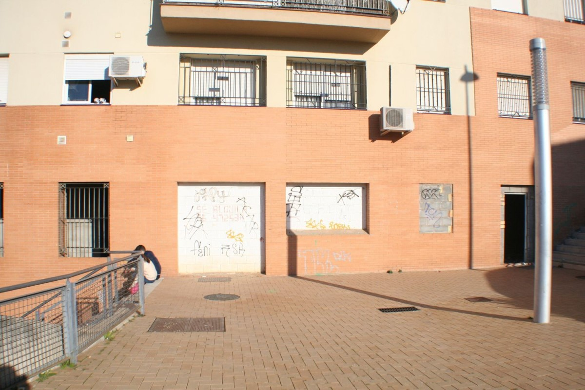 Local Comercial en Venta en  Alcalá de Guadaira