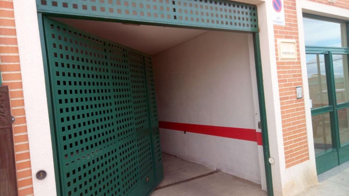 Garaje en Venta en  Villanubla