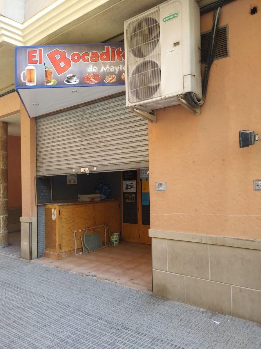 Local Comercial en Alquiler en  Albatera