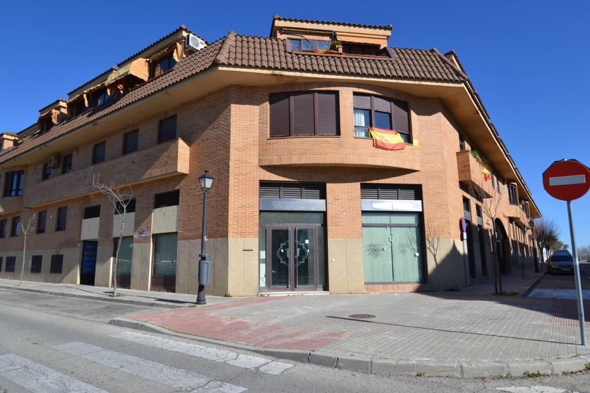 Local Comercial en Venta en  Brunete