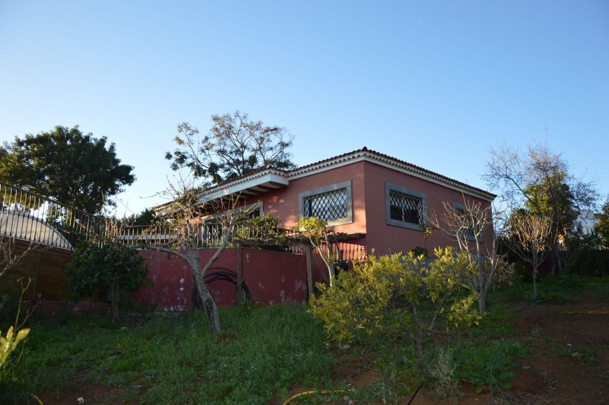House  For Sale in  Santa Maria De Guia De Gran Canaria