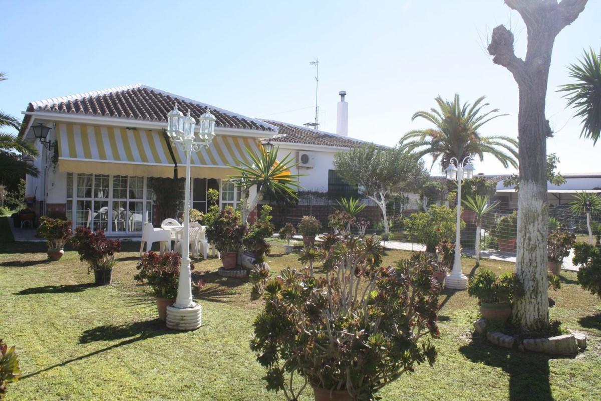 Chalet en Venta en  Villamanrique de la Condesa