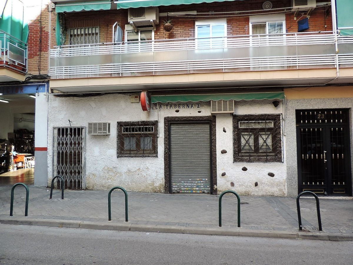 Local Comercial en Venta en Villa De Vallecas, Madrid