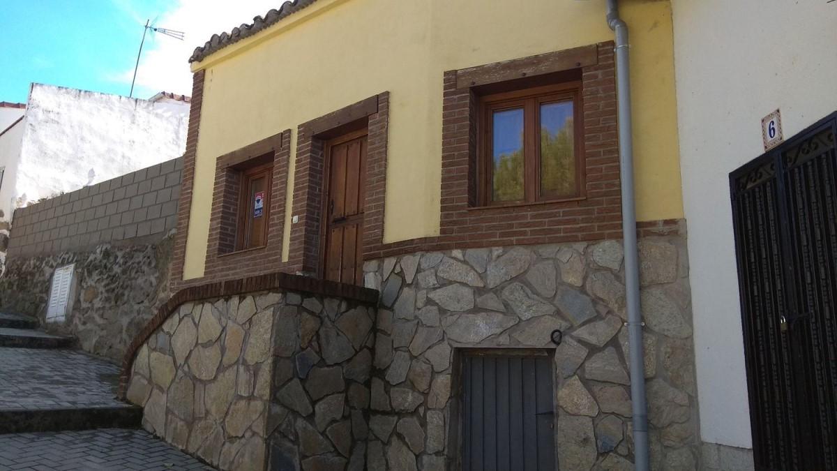 Casa Rural en Venta en  Navahondilla