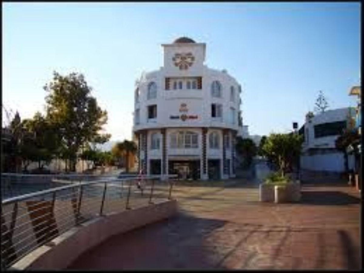 Local Comercial en Venta en  Benalmádena