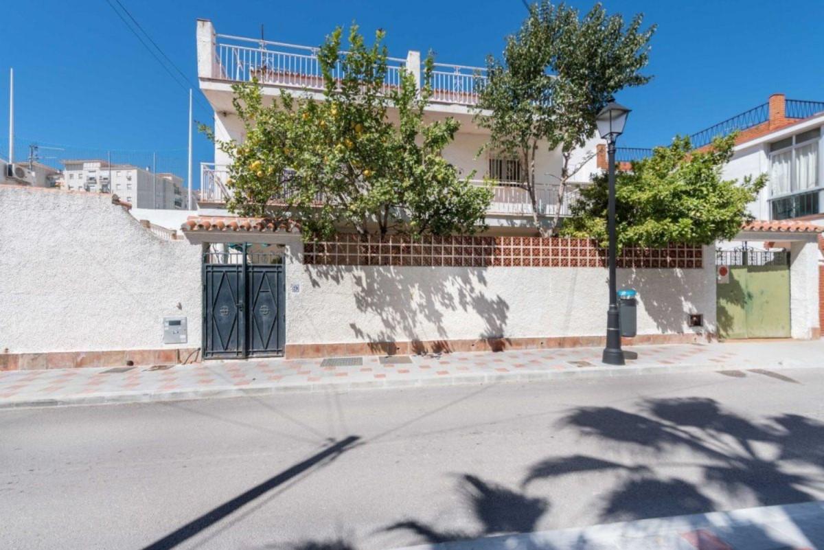 Chalet en Venta en  Fuengirola
