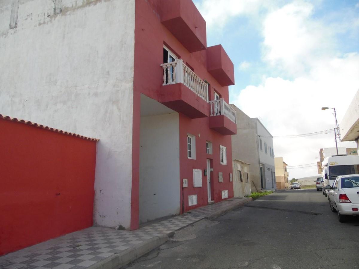 Garaje en Venta en  San Bartolomé de Tirajana