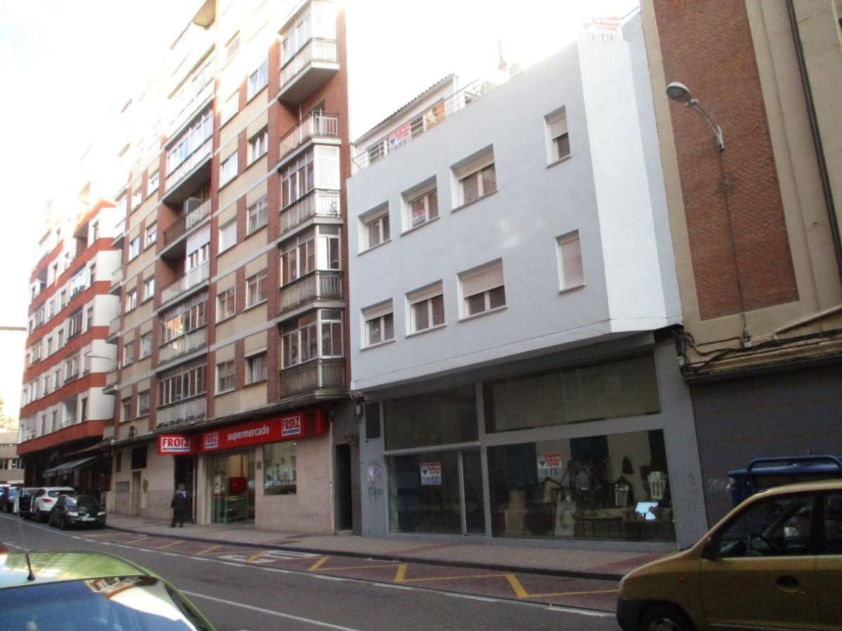 Edificio de Viviendas en Venta en  Valladolid