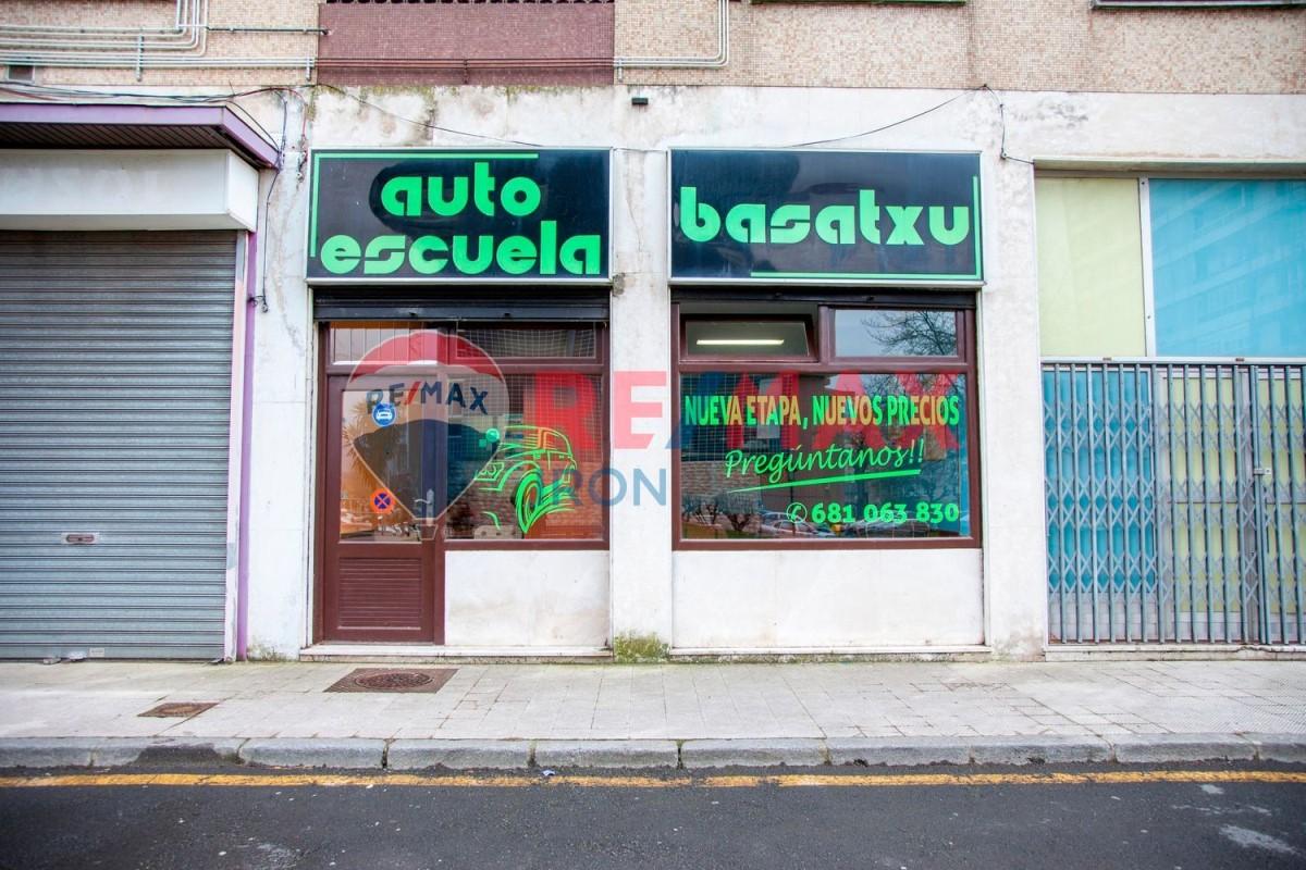Local Comercial en Alquiler en  Barakaldo