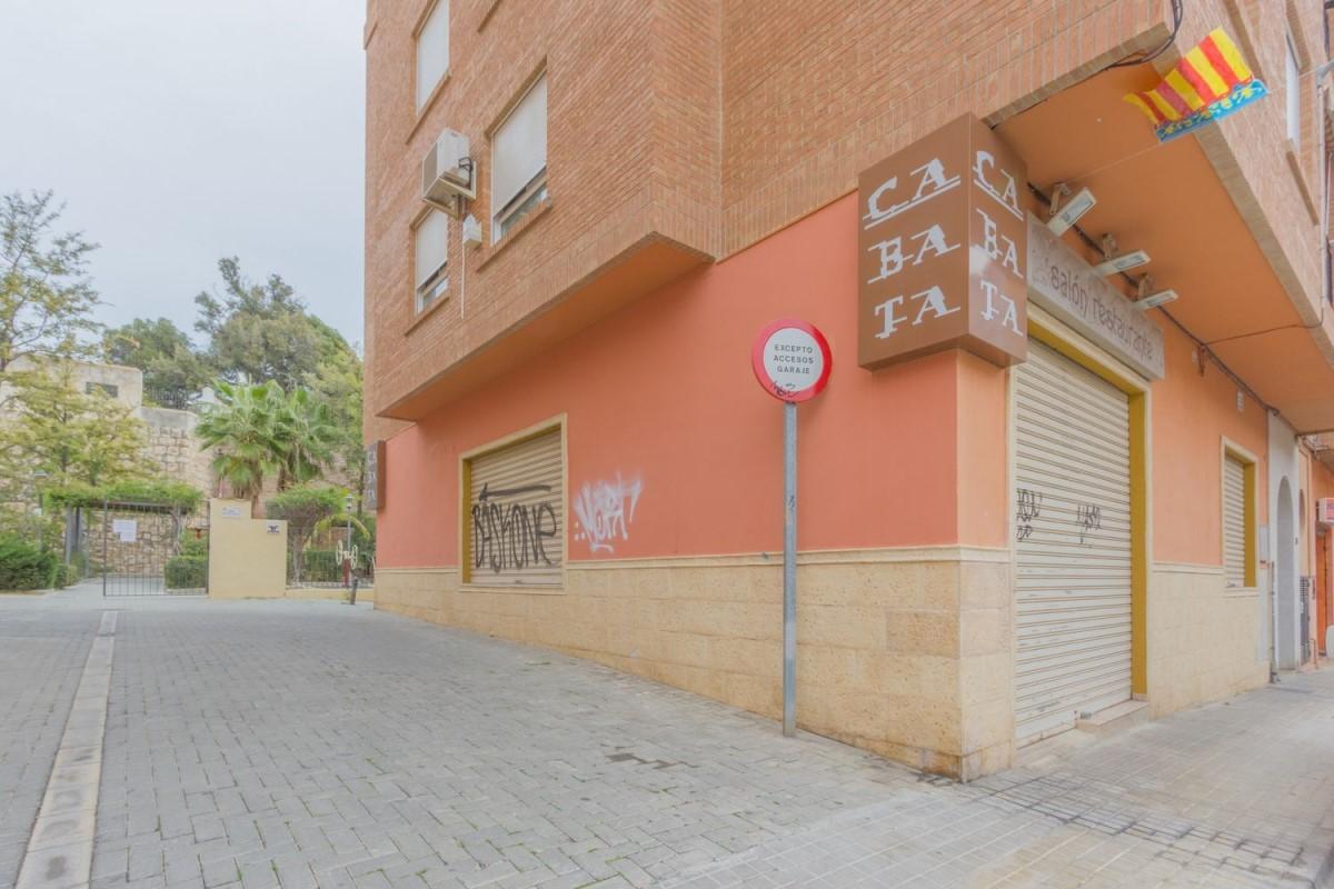 Local Comercial en Venta en  Burjassot