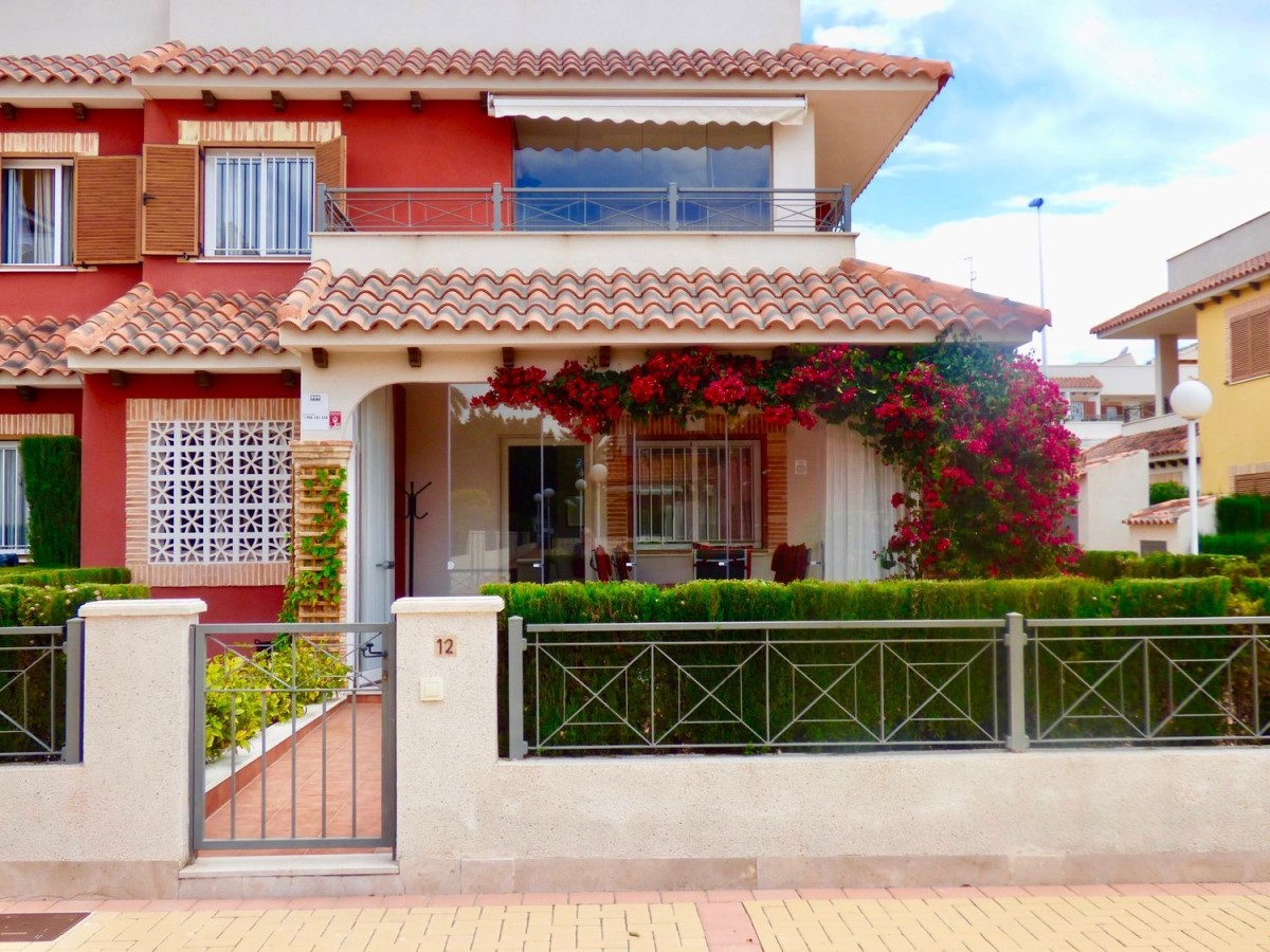 Terraced House  For Sale in Orihuela Costa, Orihuela