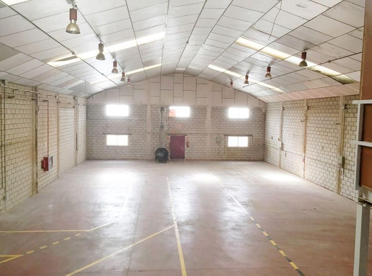 Industrial premises  For Sale in  Valdemoro