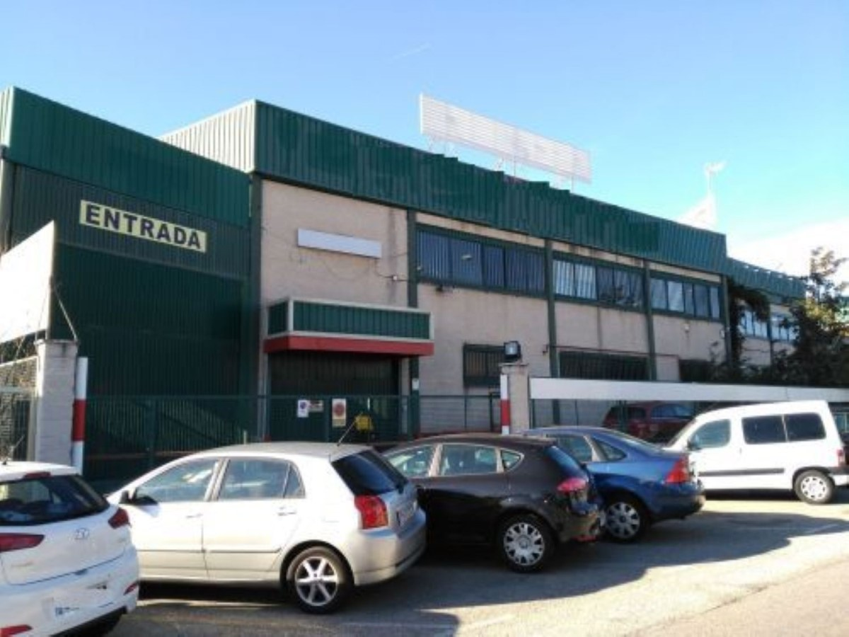 Industrial premises  For Sale in  Móstoles
