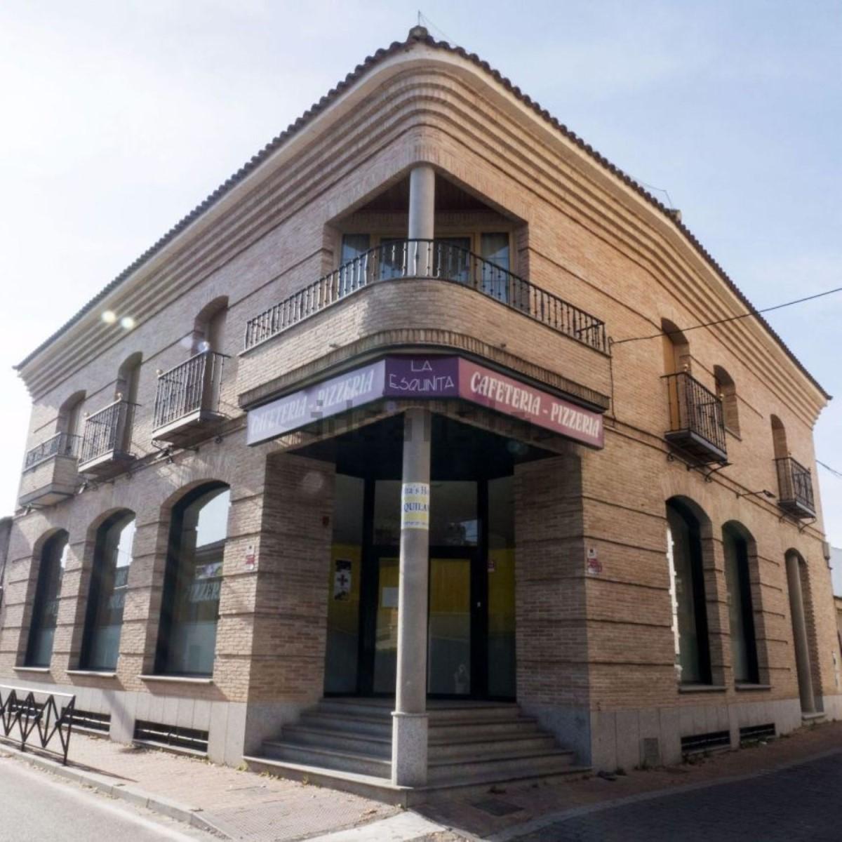 Local Comercial en Alquiler en  Camarena