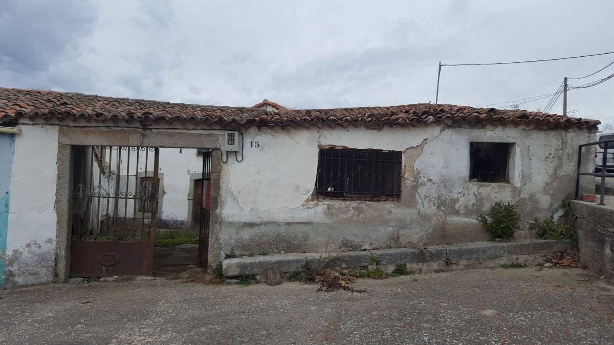 Casa Rural en Venta en  Fuentes de Béjar