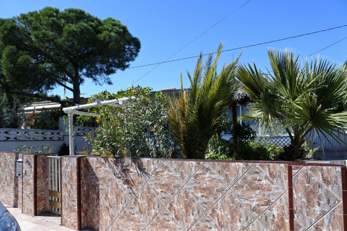 Terraced House  For Sale in  Campello, El