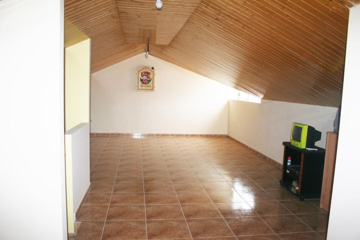 Chalet Adosado en Venta en  Camarena