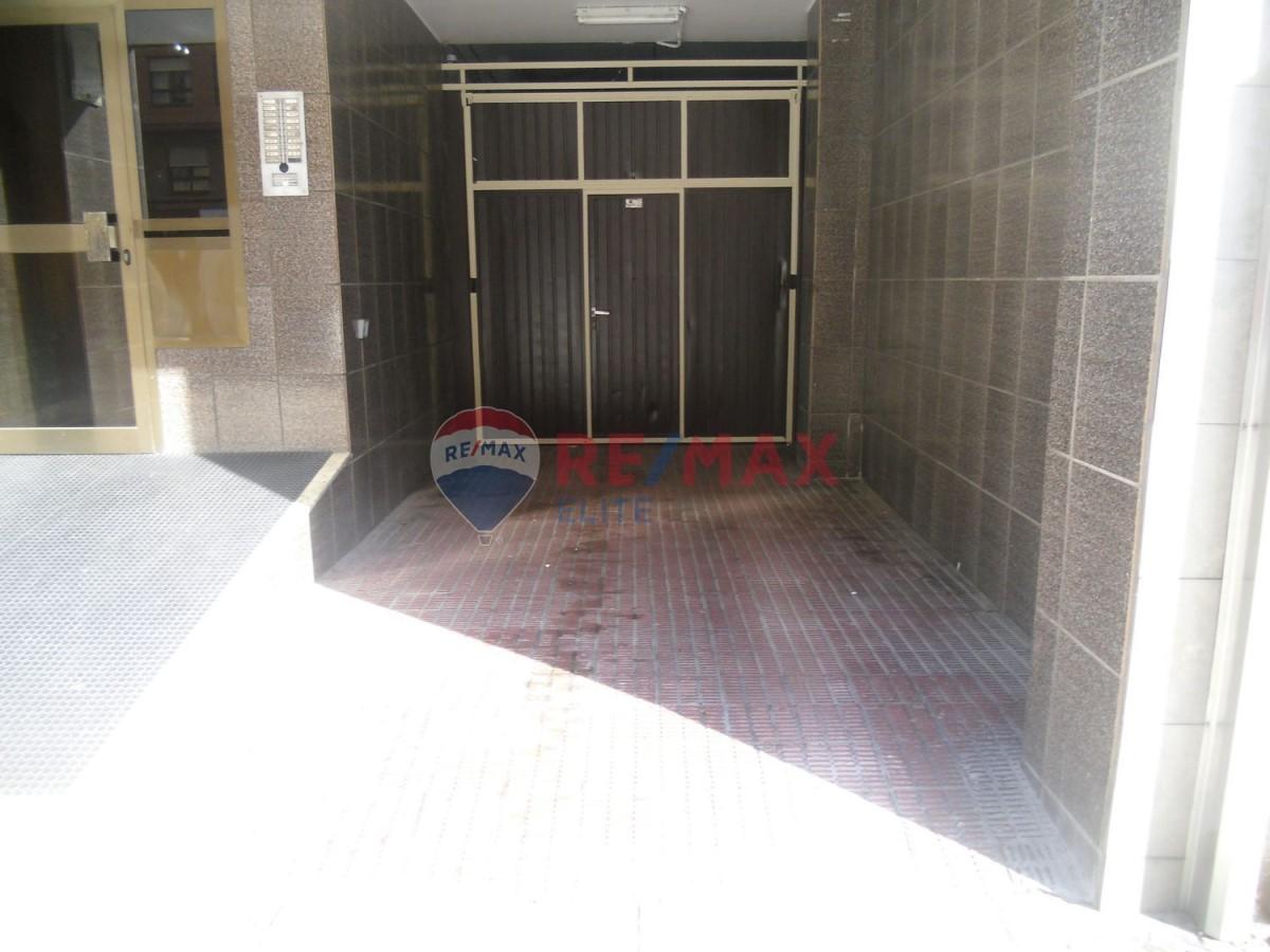 Garaje en Venta en Ventanielles, Oviedo