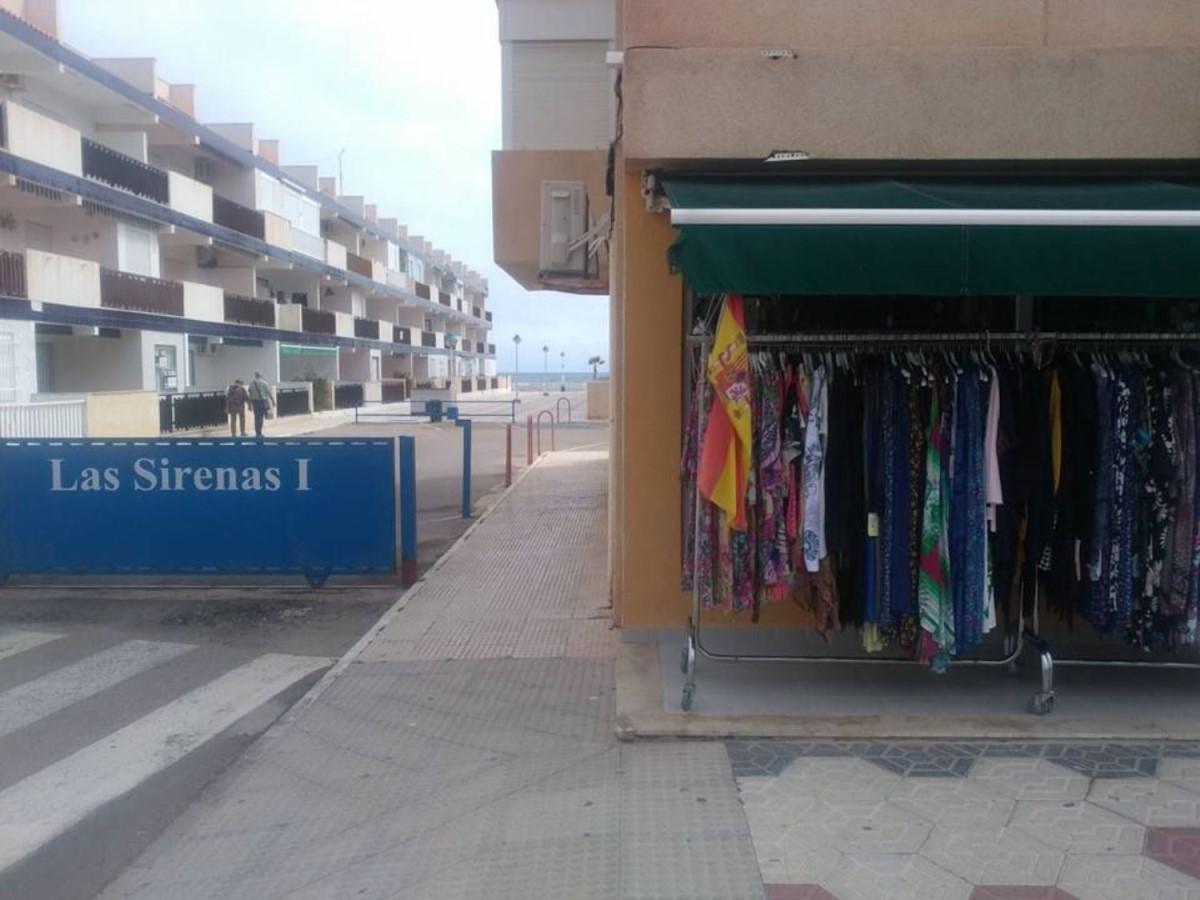 Local Comercial en Alquiler en  Manga del Mar Menor, La