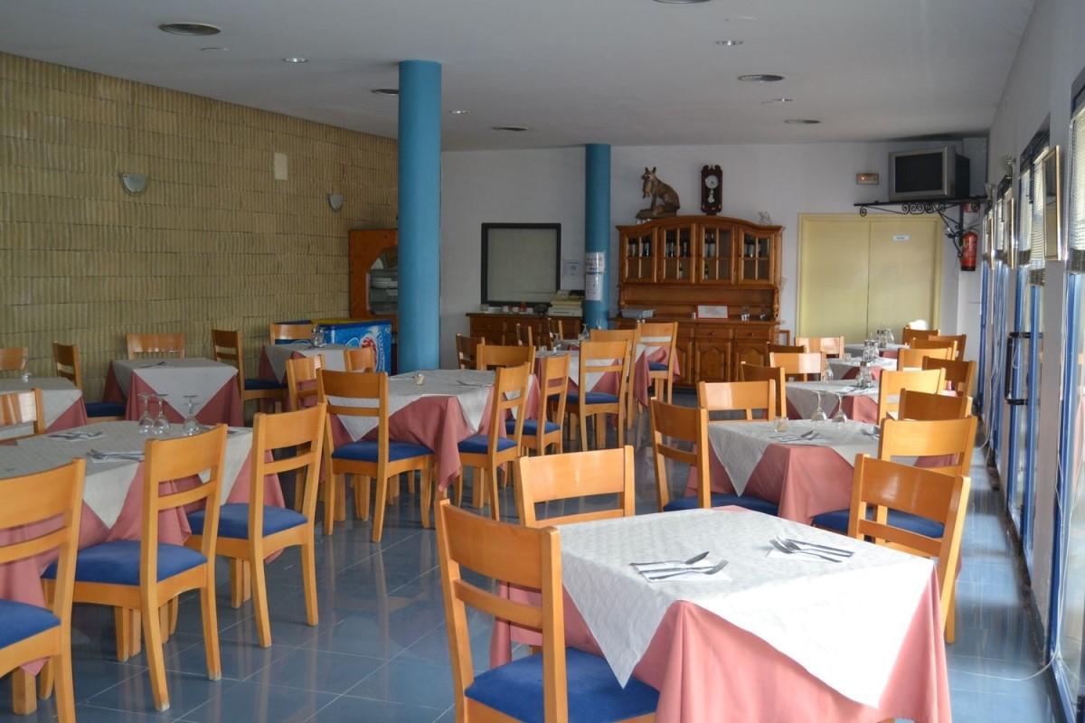 Local Comercial en Venta en  Riocabado