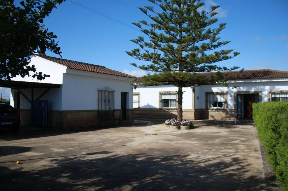 Chalet en Venta en  Castilleja del Campo