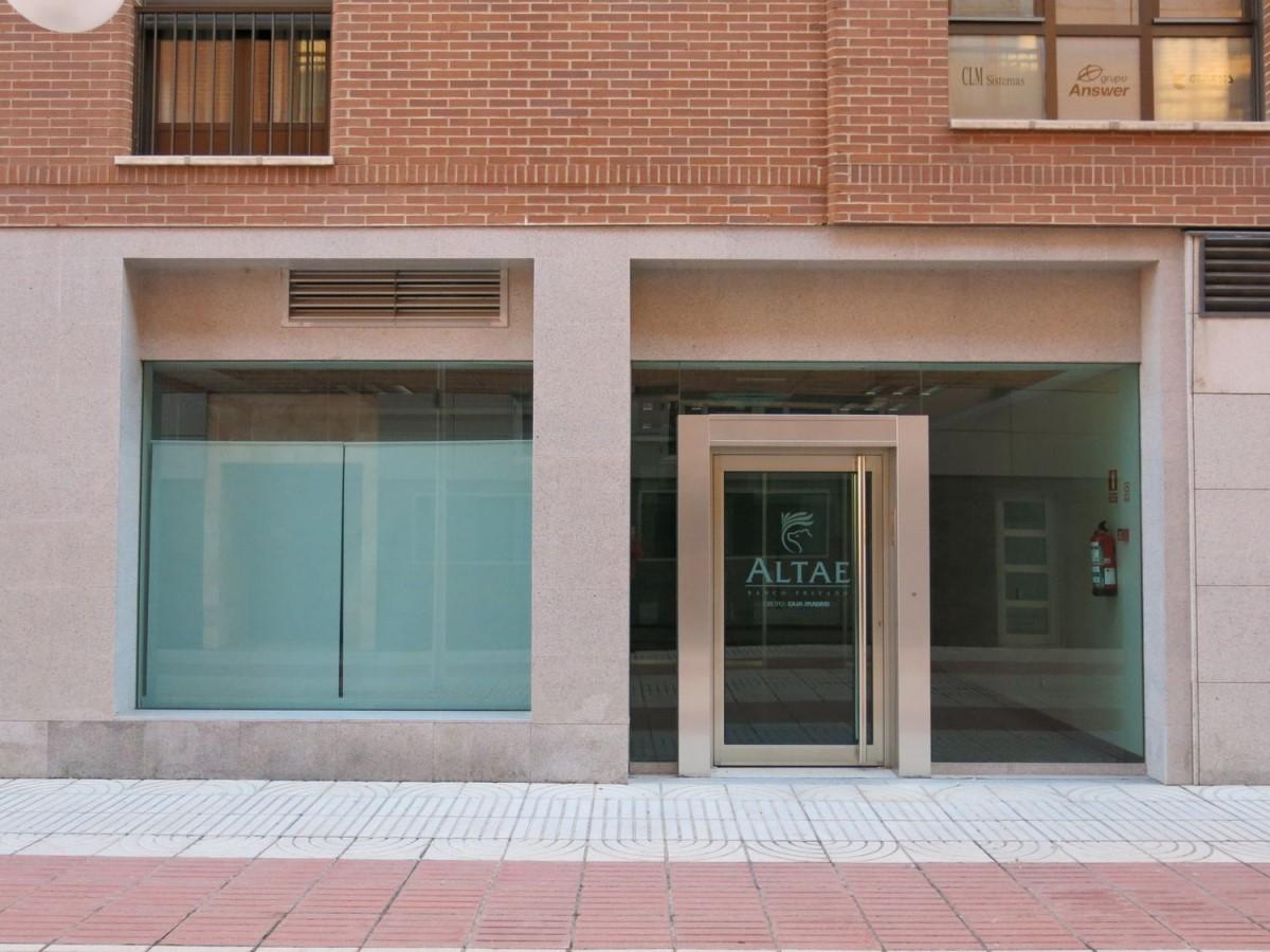 Local Comercial en Alquiler en  Toledo