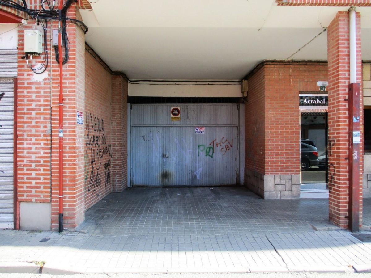 Garaje en Venta en  Laguna de Duero