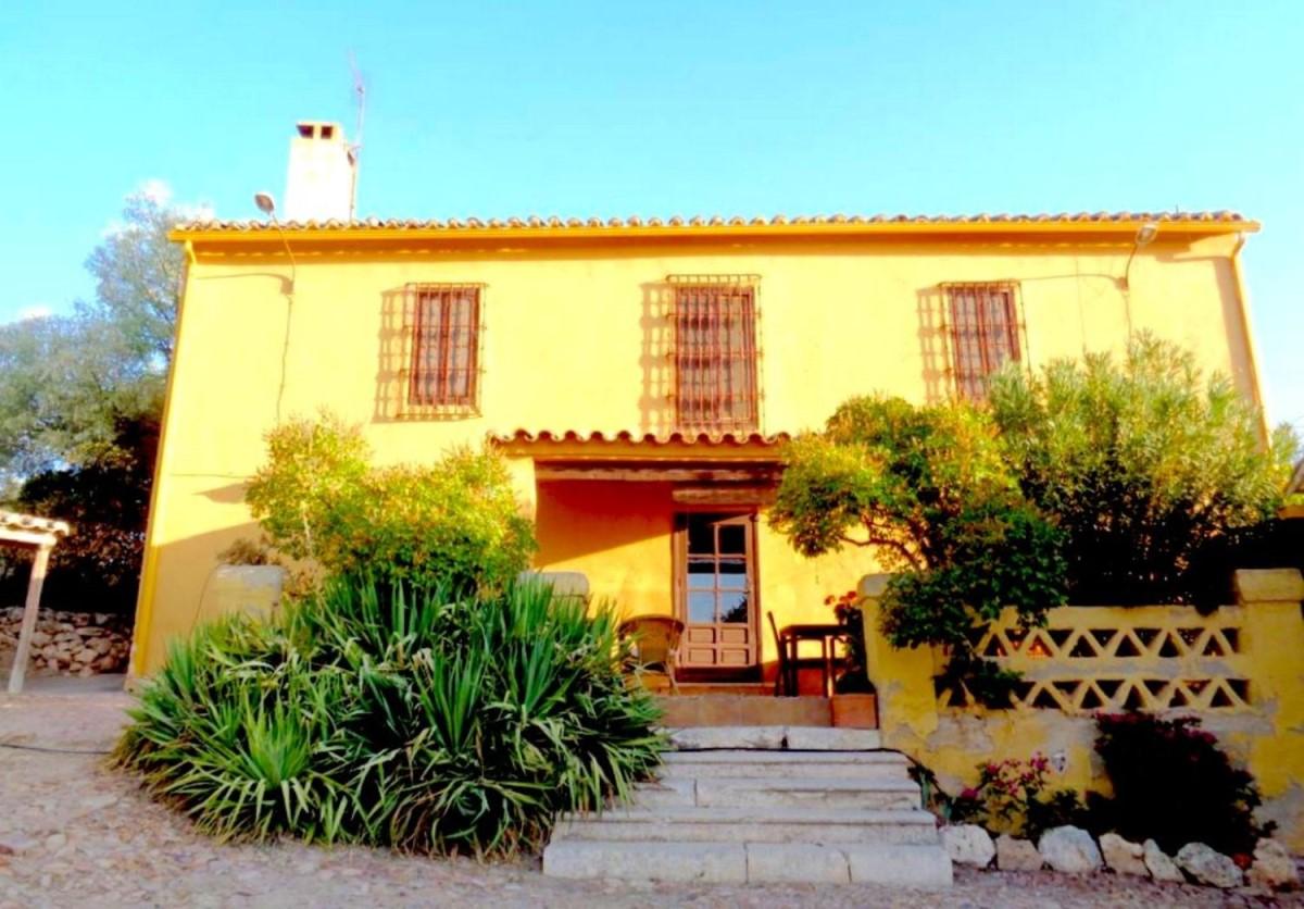 Casa Rural en Venta en  Valdepeñas