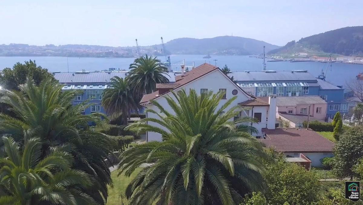 Chalet en Venta en  Ferrol
