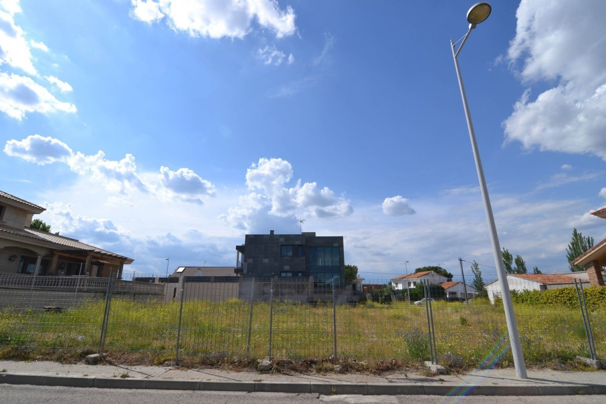 Suelo Urbano en Venta en  Villanueva de la Cañada