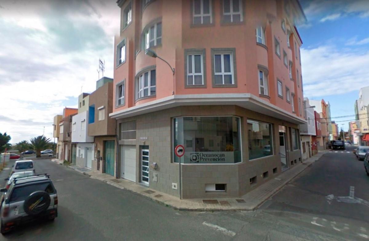 Garaje en Venta en  Santa Lucía de Tirajana