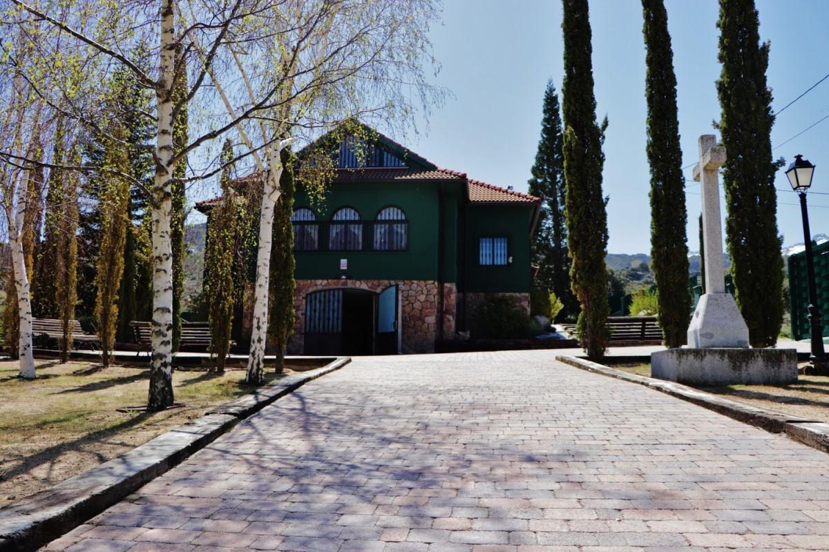 Casa Rural en Venta en  Sotalvo