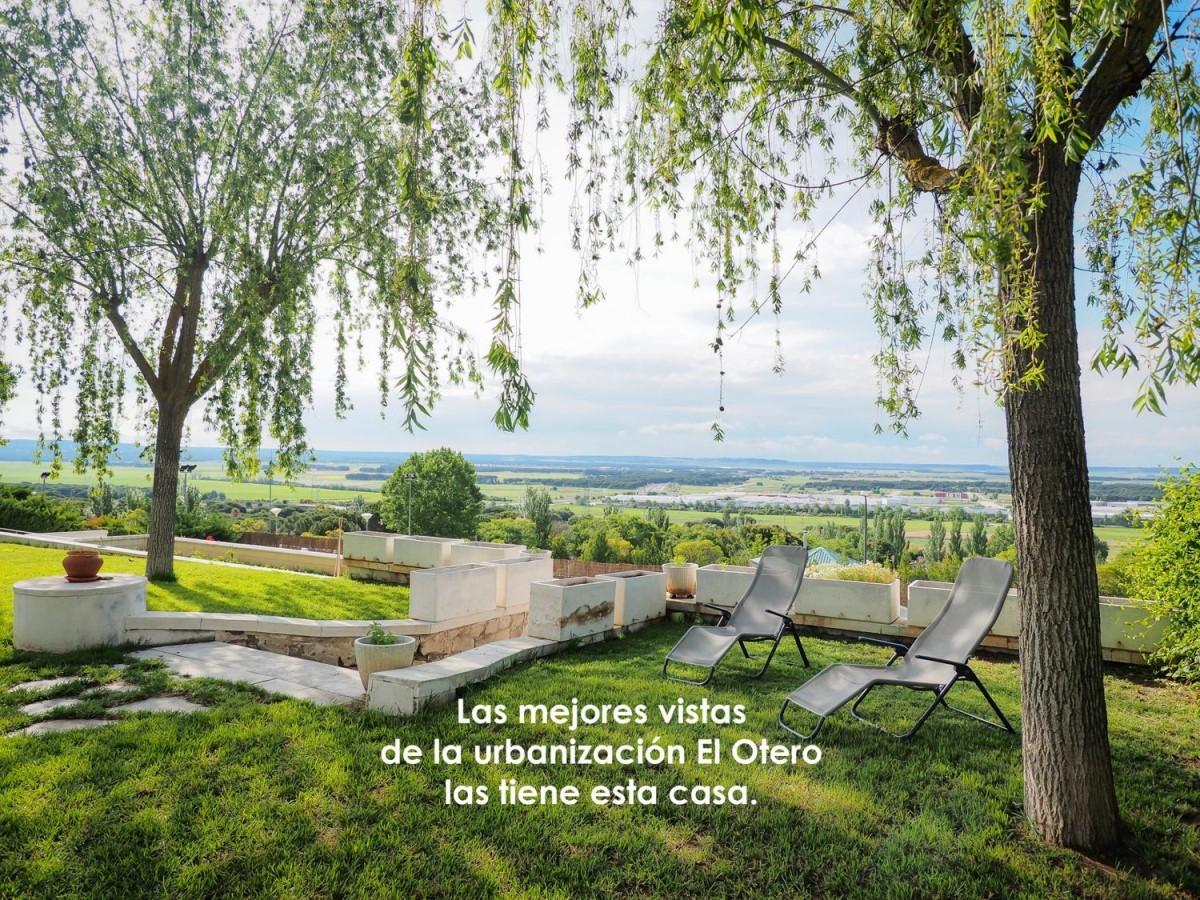 Chalet en Venta en  Tudela de Duero