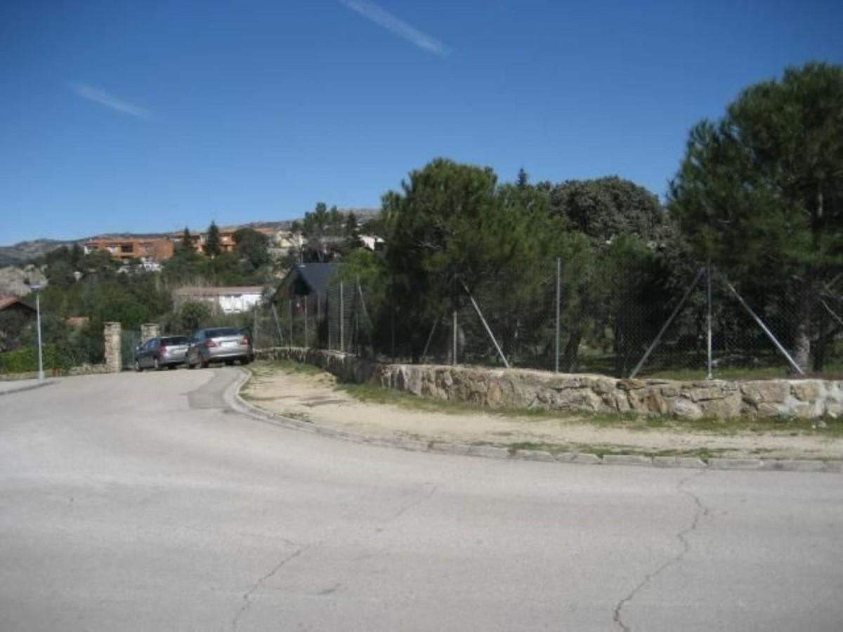 Suelo Urbano en Venta en  Hoyo de Manzanares