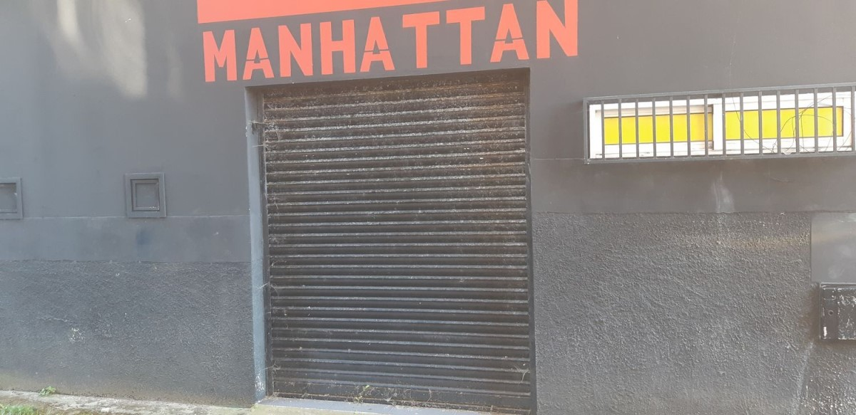 Local Comercial en Venta en  Rianxo