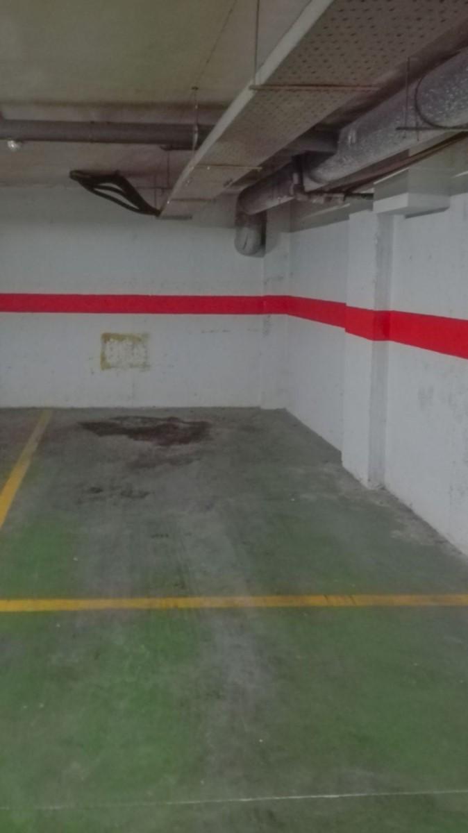 Garaje en Venta en  Rocafort