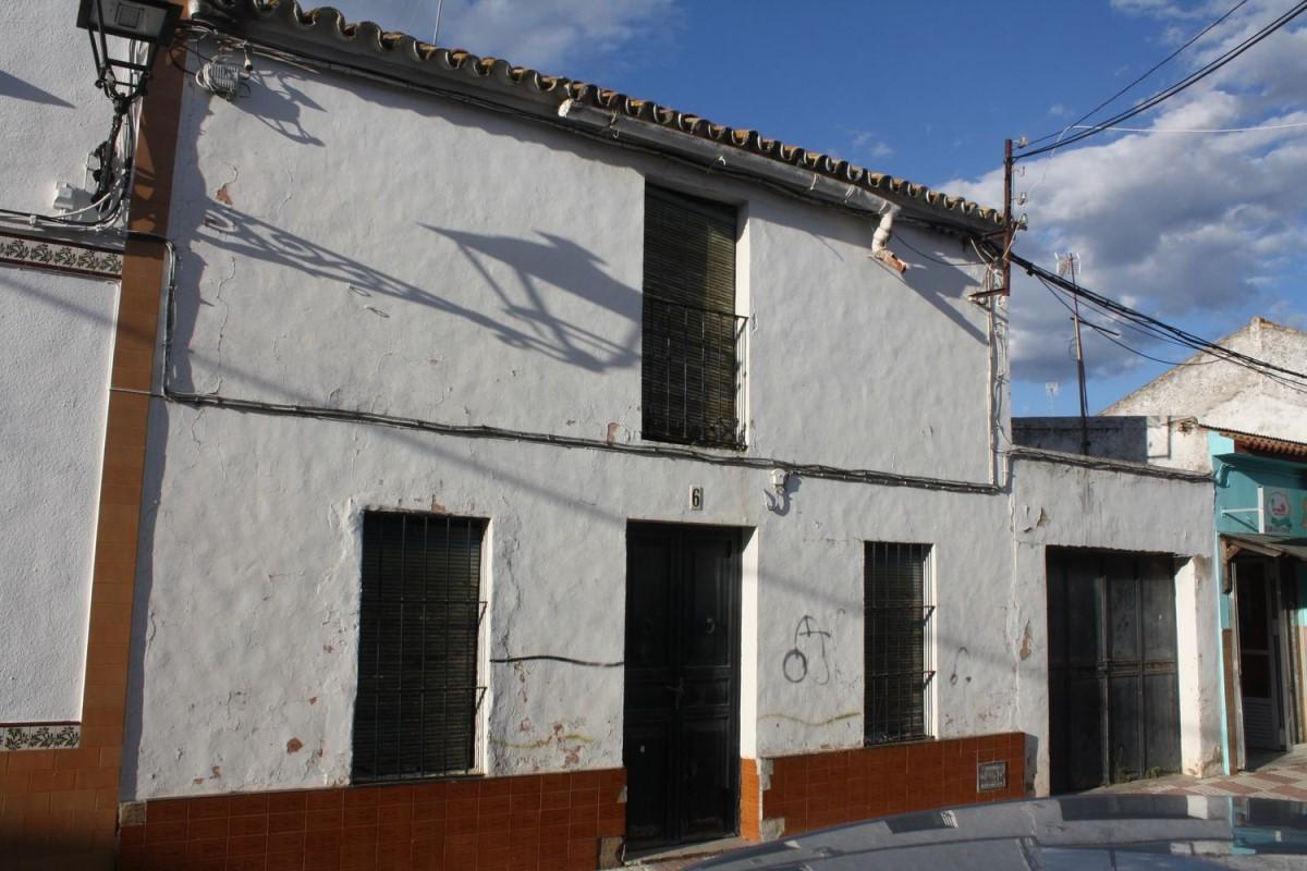 Chalet Adosado en Venta en  Villamanrique de la Condesa