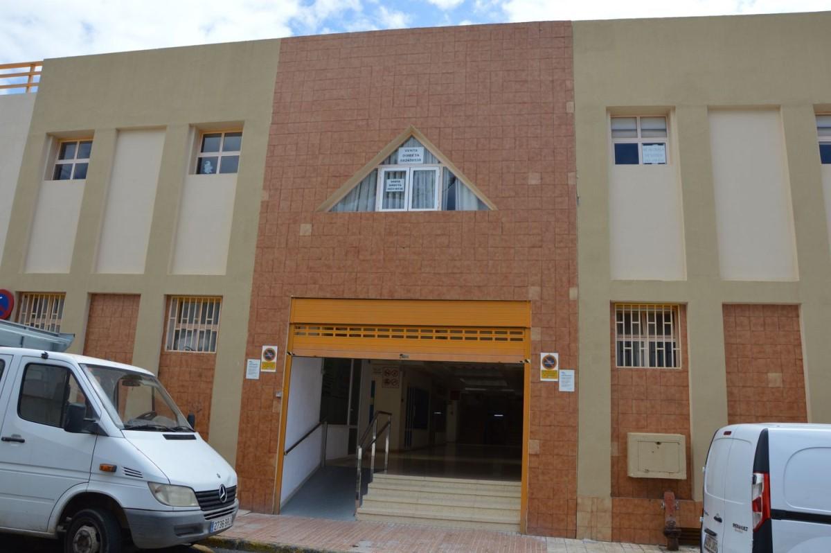 Office  For Sale in  San Bartolomé de Tirajana